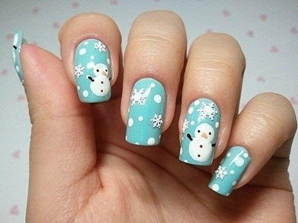 χιονανθρωπος σε μπλε φωντο